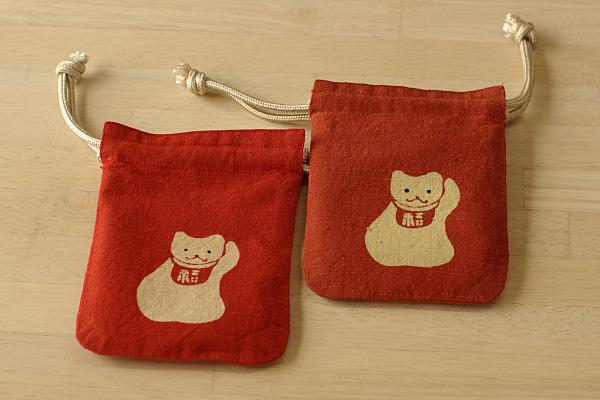 守袋招き猫